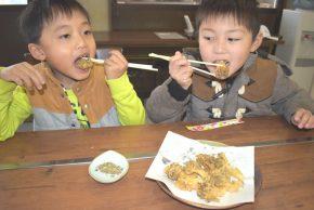 入野きのこ天ぷらを食べる