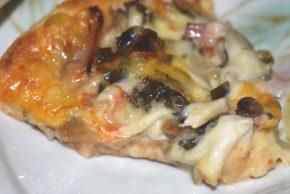 入野きのこピザ